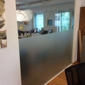 Huurrekalvo toimii oivana tilanjakana toimistossa!